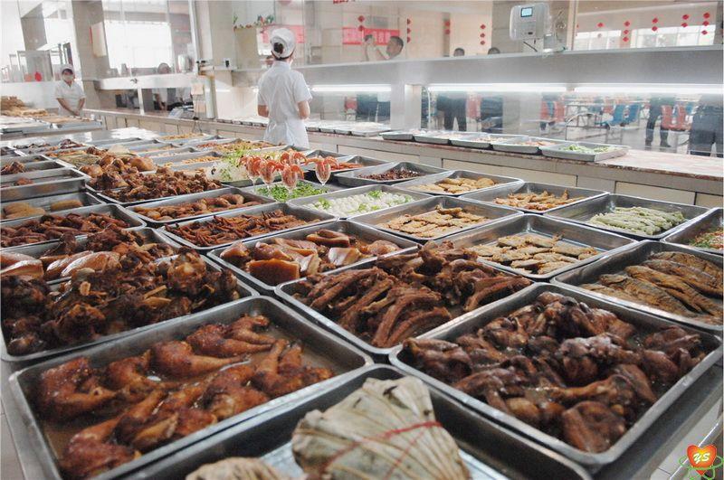 远盛餐饮强力抓好食堂管理 确保师生饮食安全